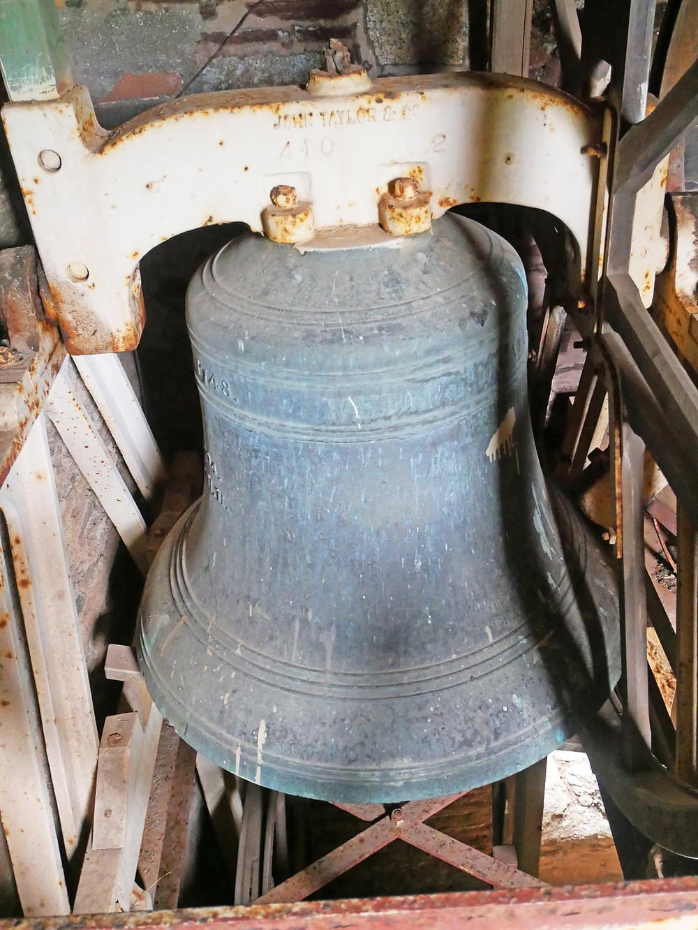 Church bell dedicated to Admiral Vernon at St Peter & St Paul, Ermington