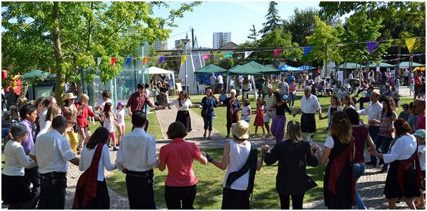 Fig 7 – Telheiras festival held in the large park