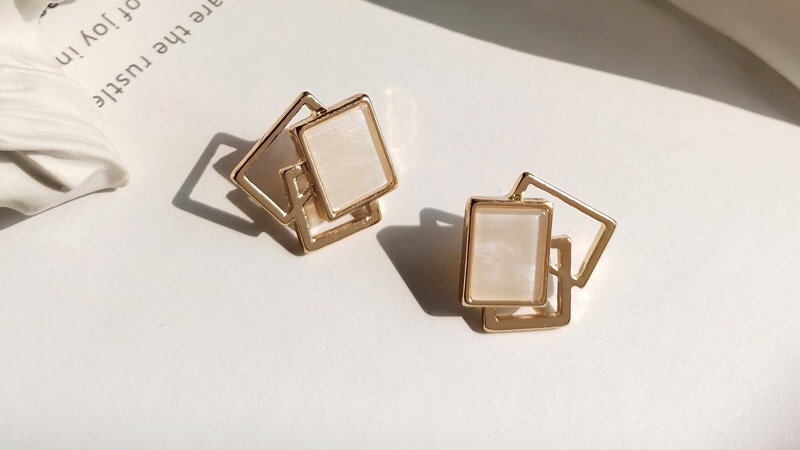 Gold Squares Earrings