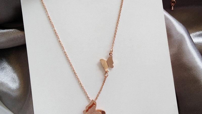 Gold butterflies Necklace