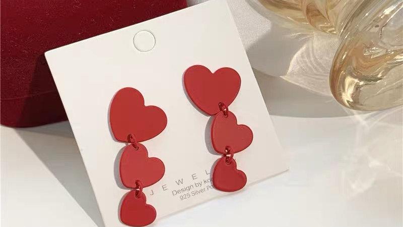 Red hearts drop earrings