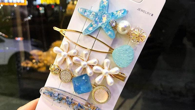 Blue hair pins set