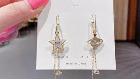 Star& planet asymmetric Earrings