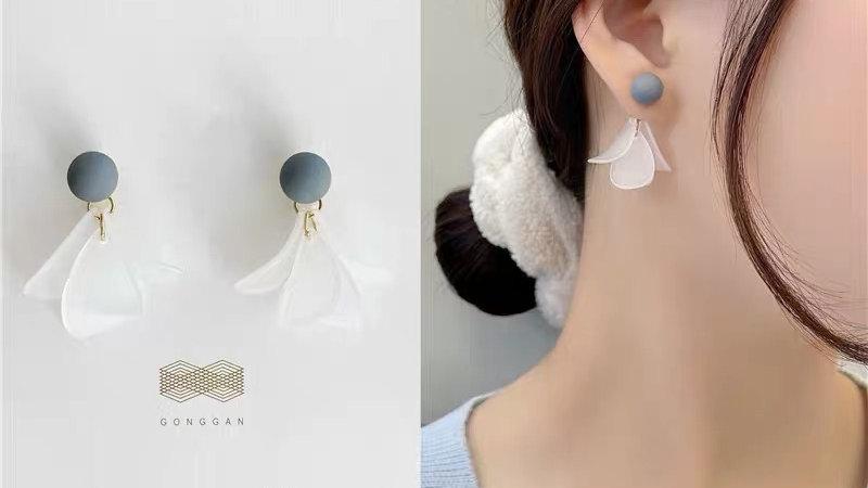 Crystal & blue earrings