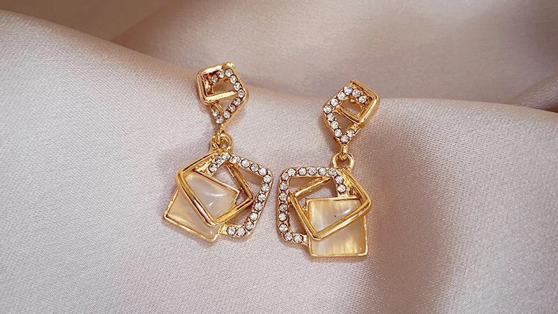 Opal& rhinestone Earrings