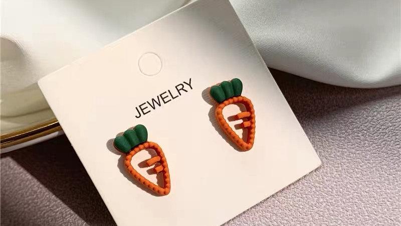 Carrots earrings