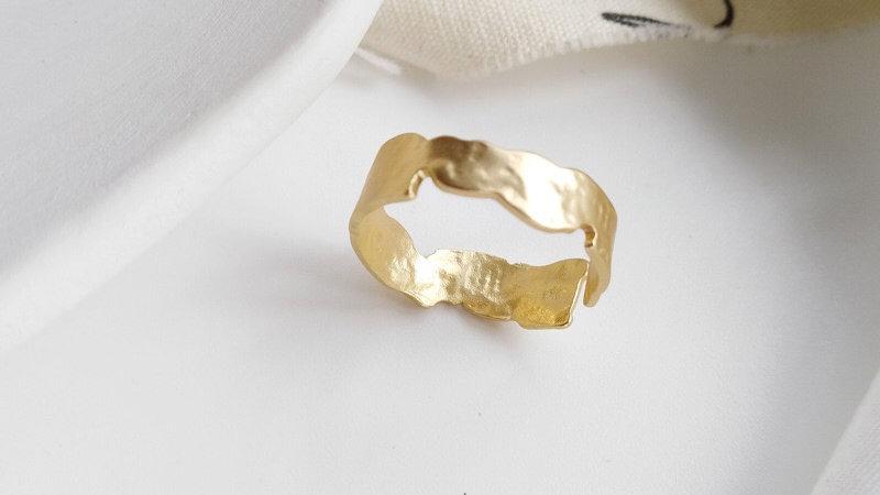 Gold Adjustable ring