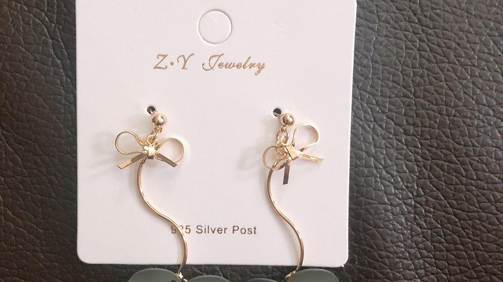 Mini bow drop earrings