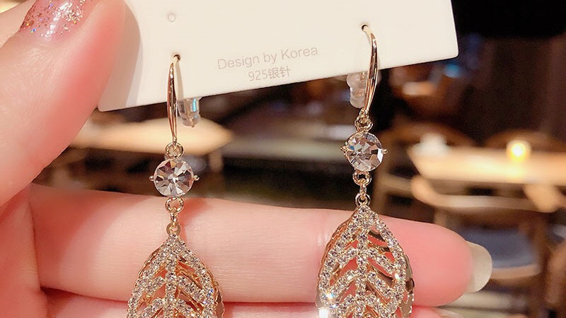 Rhinestone Gold leaves Earrings
