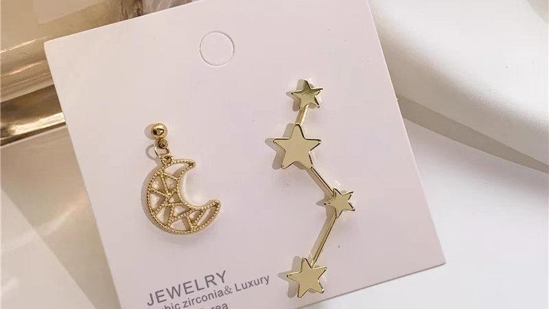 Moon & stars asymmetric earrings