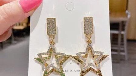 Gold rhinestone stars earrings