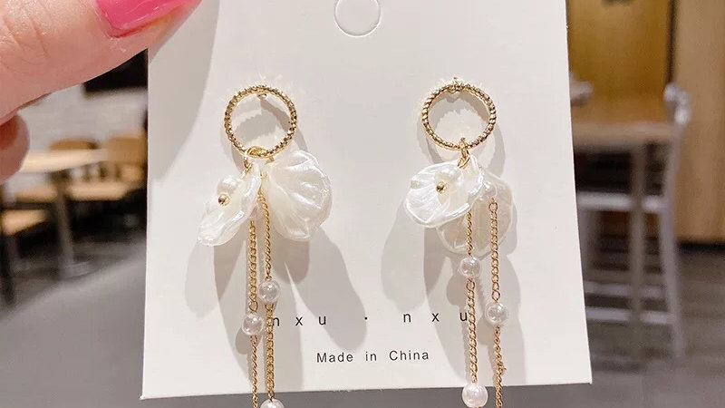 White tassels Earrings