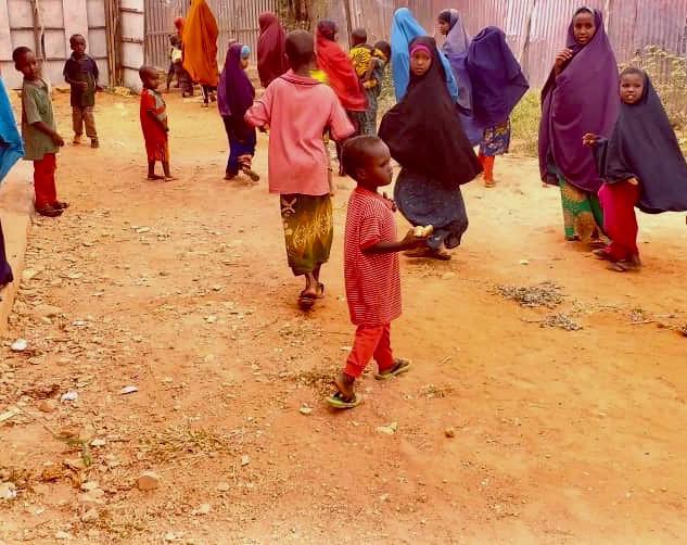 1000 Brote täglich für Somalia