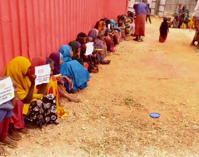 1000 Brote täglich in Somalia