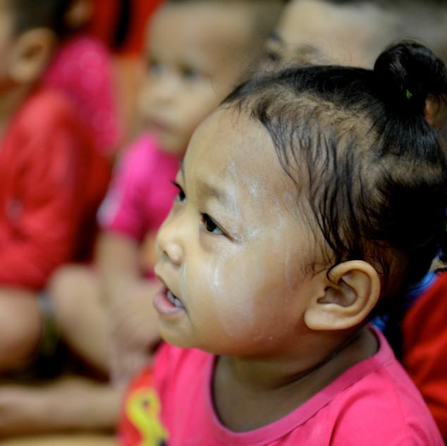 Unterstützen sie Slum Child Care