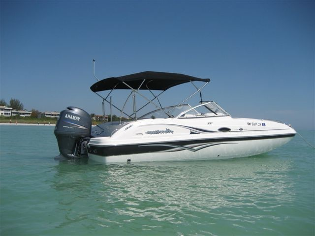 Boating_in_Cape_Coral_Hurricane_Sundeck_2173