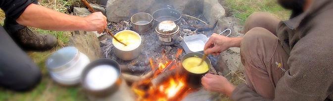 Cuisiner sur feu de bois