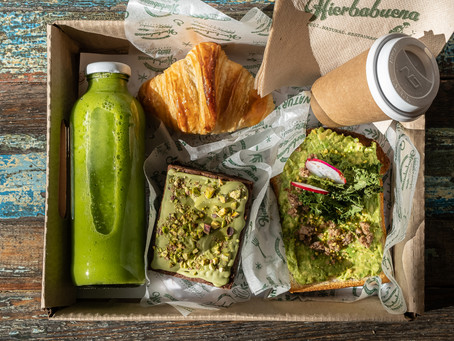 Hierbabuena celebra a papá con tres imperdibles propuestas: kit de comida, box de desayuno y menú