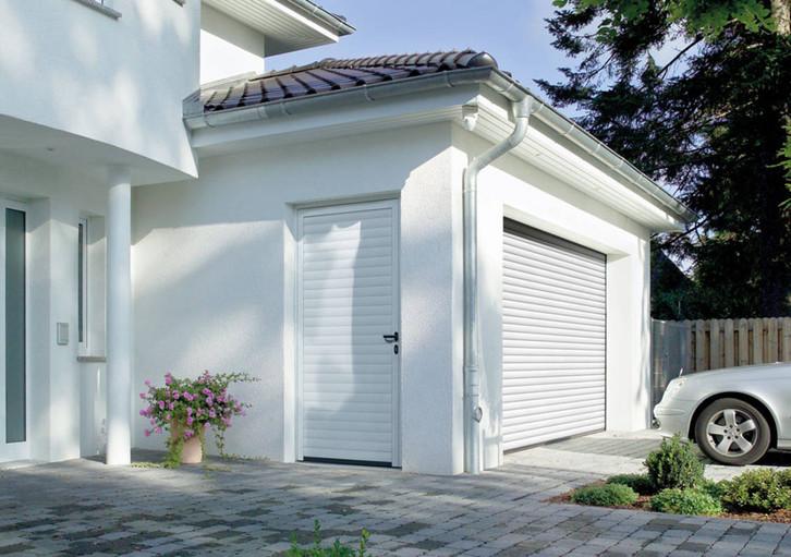 Боковая гаражная дверь Hormann