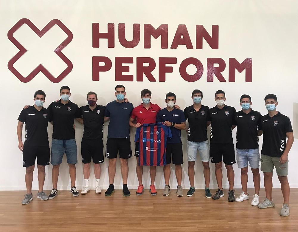 La empresa segoviana ha alcanzado un acuerdo con el club  para atender sus necesidades de fisioterapia y readaptación de  lesiones con el fin de lograr el ascenso a Segunda división B