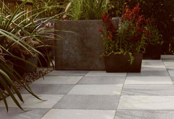 textured-paving-in-grey-and-dark-grey_31