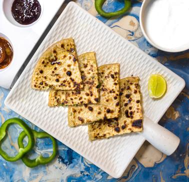 Jain Cheese Capsicum Paratha