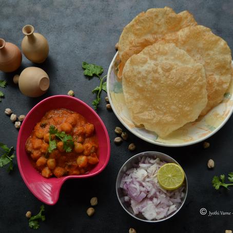 Chole Masala Recipe - Chickpea gravy
