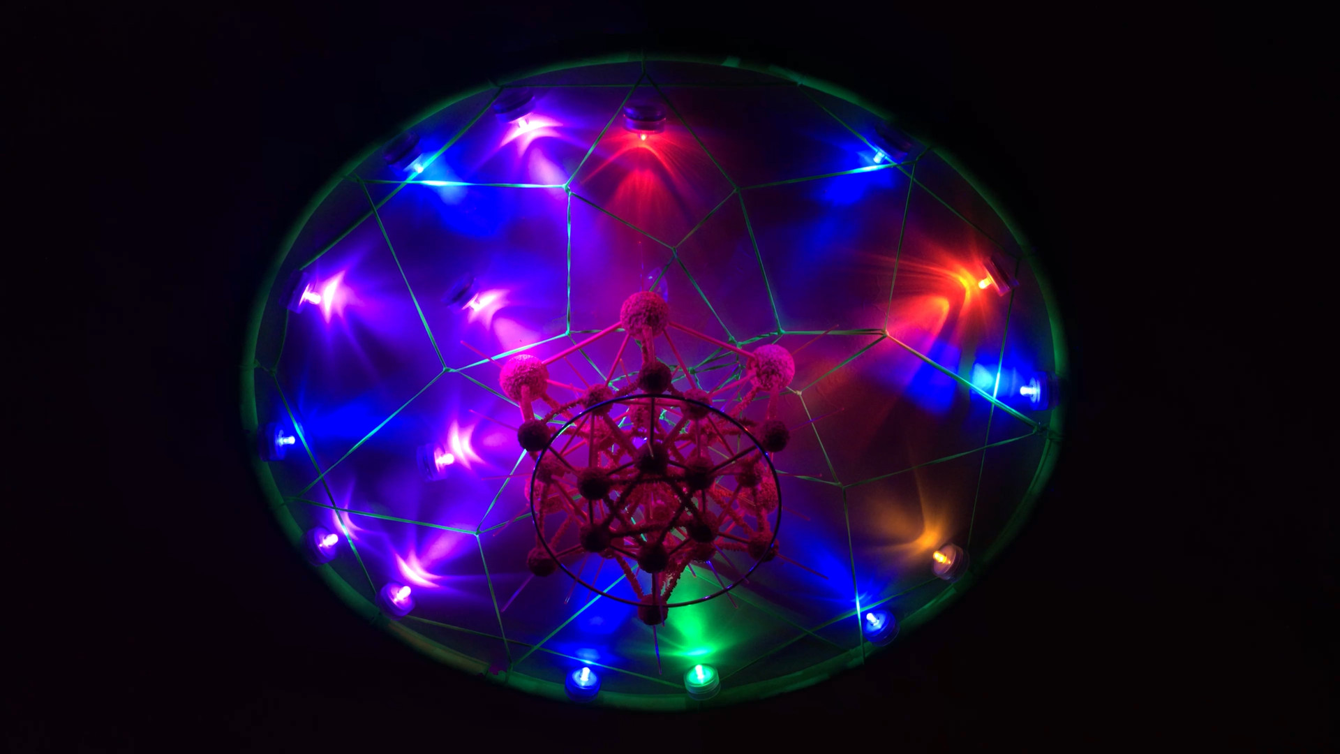 Space Ship Molecule (Gamma Ray Thruster)