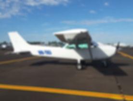 Cessna 172 TKJ.jpg