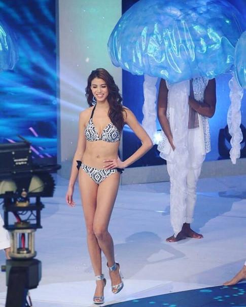 Miss Hong Kong 2017 - Bikini Catwalk