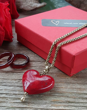 Simply Red - heart on brass chain