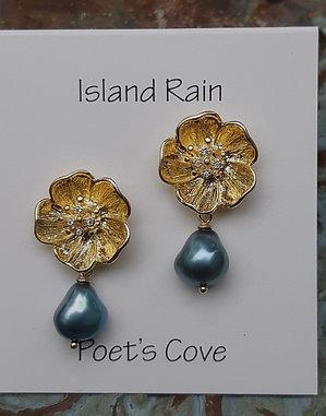 poet's cove - freshwater pearl earrings - flower earpost