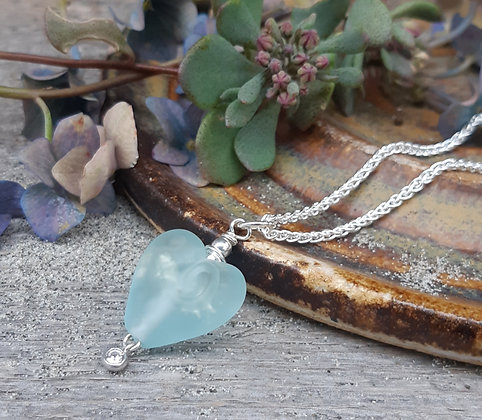 beaches pendant