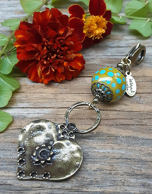 Charm - heart accent