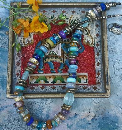 vagabond - glass bead necklace