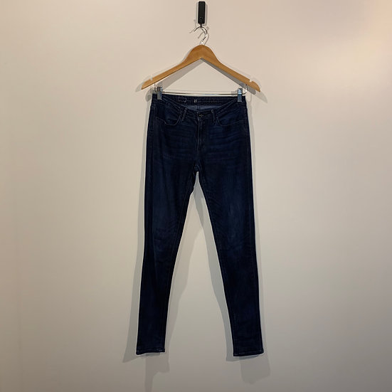 JEANS SKINNY OSCURO LEVIS