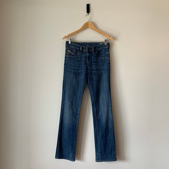 JEANS RECTO OSCURO DIESEL