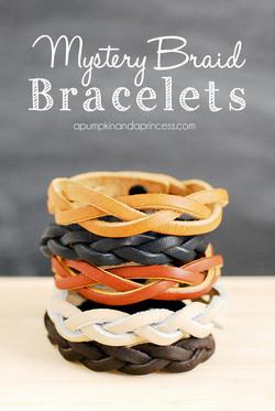 DIY_Mystery_Braid_Bracelet_Tutorial.jpg