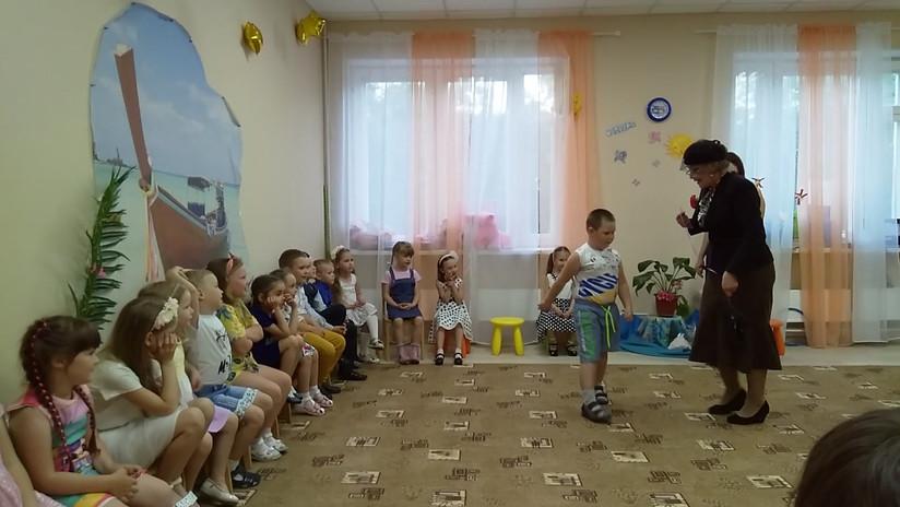 """Выпускной праздник групп """"Умнички"""" и """"Зн"""