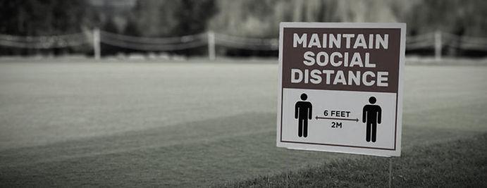 golf%20social%20distance%20sign_edited.j