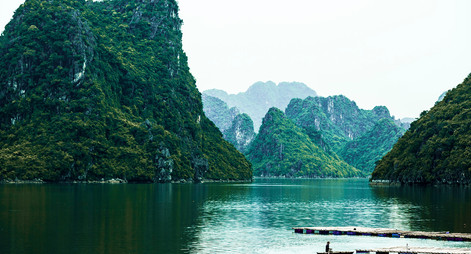 Vietnam_Halong Bay.jpg