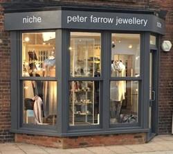 Niche : Peter Farrow