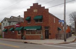 Benny's Sports Bar Exterior