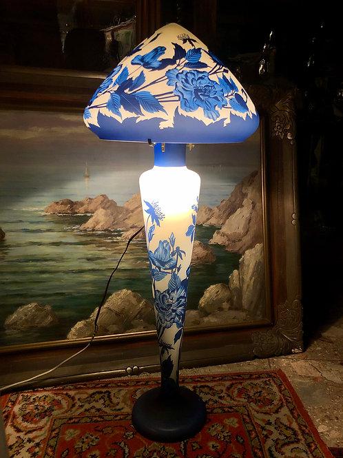 Talna svetilka tip Gallé