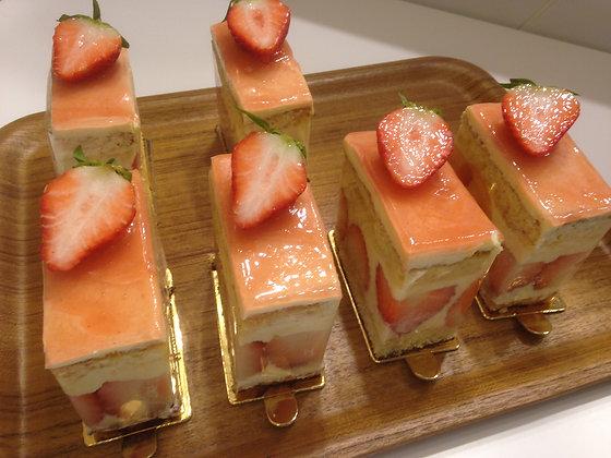 스트로베리 숏 케익