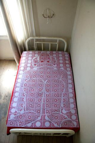 wedding bed, 2010
