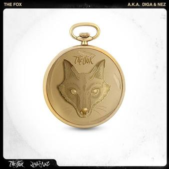 """""""THE FOX"""", IL NUOVO ALBUM DEGLI EMERGENTI 'NEZ BROWN' E 'DIGAONTHEMIC'  È uscito il 20 luglio su tutti i digital store 'the fox', il nuovo album dei due artisti emergenti """"Nez Brown"""" ed """"Andrea Digati"""". Un album dal sound avvolgente, caldo, e macchiato da un sottile strato di malinconia, per certi versi non proprio caratteristico della stagione estiva, che tuttavia sa catturare ed entusiasmare l'attenzione dell'ascoltatore.   Abbiamo chiesto ai due artisti di parlarci della creazione di questo progetto, attraverso alcune domande specifiche.   - vorrei partire proprio dal titolo dell'Album, 'The Fox', animale segno della furbizia e dell'intelligenza, come mai questa scelta ?  - """"Il tutto inizia con l'idea di far nascere un gruppo per tenere viva la memoria di un caro amico scomparso prematuramente in un incidente stradale dieci anni fa. Lo chiamavamo Volpe, ecco perchè il nome iniziale del duo era proprio """"The Fox"""". Con lo svilupparsi dell'ultimo progetto abbiamo deciso di modificare il nome del gruppo semplicemente con i nostri nomi d'arte e, per chiudere un cerchio di esperienze ed emozioni decennale proprio di intitolare l'album con il soprannome di chi ha fatto iniziare tutto questo.""""   - le tematiche trattate all'interno del brano sono svariate, ma qual è il messaggio che in primis vorresti trasmettere ?  - """"Il messaggio che accomuna di più tutte le tracce è l'importanza di vivere la vita in libertà e spensieratezza, anche se poi ogni brano si sviluppa in diverse tematiche più profonde. Ci piace lasciare la libertà all'ascoltatore di interpretare ogni rima in modo personale. È anche questo il bello della musica, essere capiti in maniera diversa in base a chi ci ascolta.""""   - qual è la traccia in cui vi rivedete maggiormente?  - """"La traccia che ci rappresenta di più è sicuramente """"Cuore magma"""". Guarda alla nostra vita passata, presente e alle situazioni personali che in nessuna canzone o in nessun disco abbiamo mai raccontato. Direi che è il brano più introspetti"""