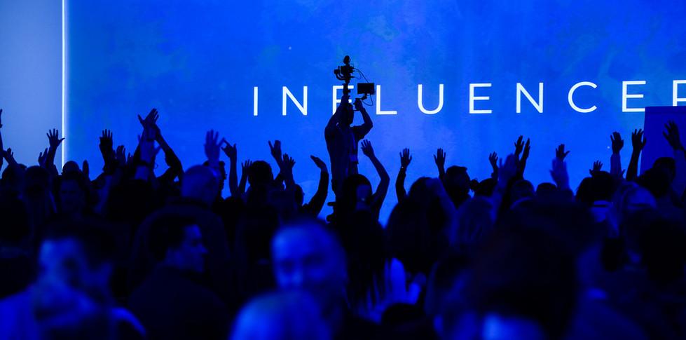 19-1010-Influencer-1253-XL.jpg