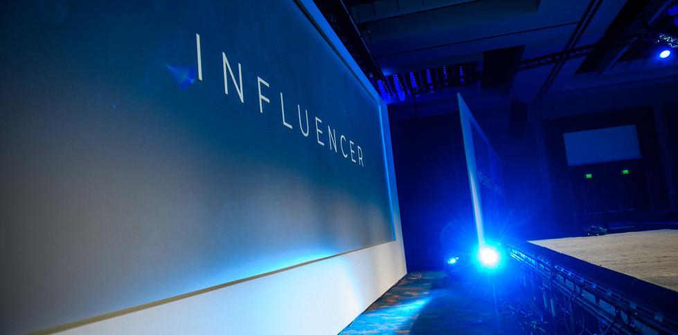 19-1010-Influencer-0093-XL.jpg
