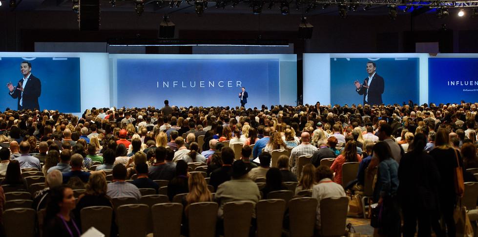 19-1010-Influencer-0194-XL.jpg